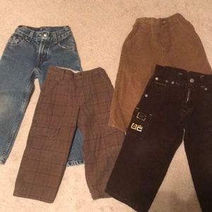 4 pairs of little boys pants 👖- see size details